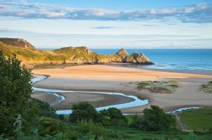 One beach that I will definitely be visiting one my dreaded exams are over is Three Cliffs Bay, Gower!